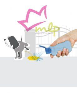 Bon ton pi, botella de silicona de 100 ml. Ayuda a mantener limpia tu ciudad, rellénala de agua y limpiador para echar por encima de la orina de tu perro en la calle.