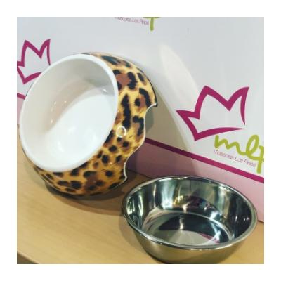 Comedero Leopardo para perros pequeños o gatos. Se pueden usar para poner la comida y el agua. Sonmuy cómodos de utilizar, están compuestos por dos piezas desmontables