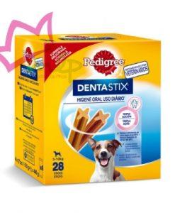 Pedigree Dentastix es una deliciosa golosina para perros pequeños en forma de barra estriada, diseñada especialmente para cuidar de la higiene bucal de tu mascota