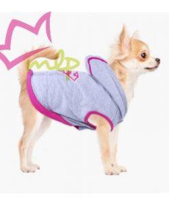 Sudadera Supergirl para mascotas. Si nosotrossomos fansde algo es normal que nuestros peludos también lo sean. Nosotros hemos hecho la prueba de preguntarles y jamas nos han dicho que no, así que vamos a seguir comprándolesaccesoriosde nuestros personajes, series y películas favoritas porque nos encanta. Por eso aquí tenemos unas sudaderaspara perro creadas por la marcaFor Fan Pets, quedestacan por su divertido diseño, la calidad de sus materiales y lo acertado de supackaging, lo que los convierte además enregalos excepcionalese inesperados. Estánfabricados en algodón, para que tu perro vaya calentito y a la vez proporcionen la mayor comodidad posible. Apertura para el arnés y elásticos para las patas traseras (opcional) Cierre con velcro en la zona abdominal que ademas es elástica. Sin mangas para una mayor comodidad de la mascota. Y lo mejor de todo es sudiseño, con el el logo de Supergirl o Superman, sin duda dos de los héroes más emblemáticos de DC Comics, y de los comics, series y pelis de superheroes. Es un producto fabricado bajo licencia oficial deDC Comicsy será el regalo perfecto para los aficionados de Supergirl y Supermancon mascotas originales. Cuatro tallas disponibles. XXS - 22 cm de largo - 34 a 42 cm de contorno XS -- 28 cm de largo - 42 a 50 cm de contorno S -- 32 cm de largo - 50 a 58 cm de contorno M -- 36 cm de largo - 58 a 66 cm de contorno